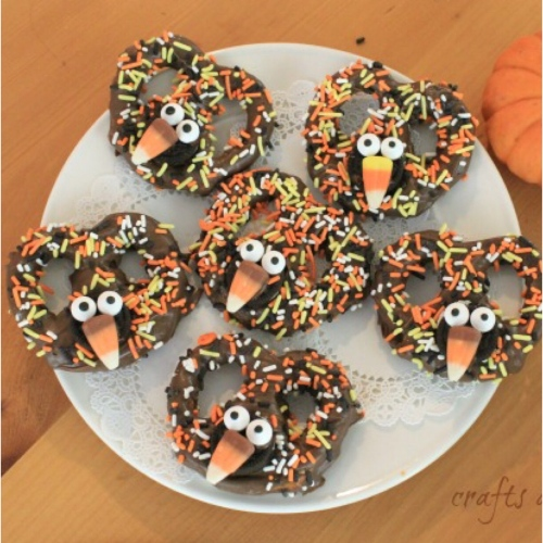 Chocolate_Turkey_Pretzels.jpg