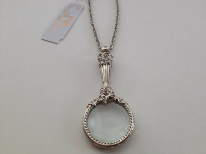 Magnifying_Glass_Necklace_Mystery_Gift.jpg